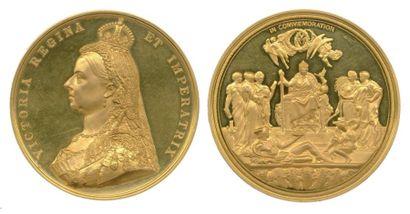Médaille en or à l'effigie de la reine VICTORIA...