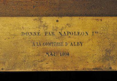 Importante pendule représentant la cathédrale de Reims. En bronze patiné et doré....