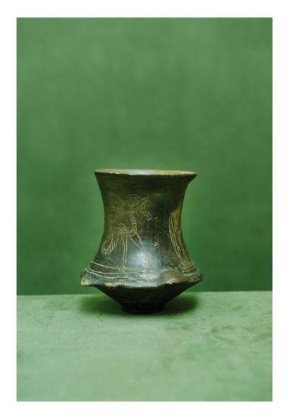 Etrurie, Vème siècle avant J.-C. GOBELET....
