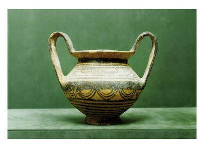 Chypre, VIème siècle avant J.-C. VASE avec...