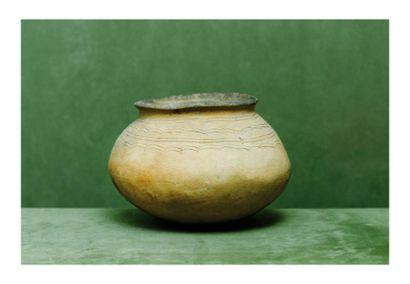 Égypte, époque néolithique. VASE. Terre cuite...