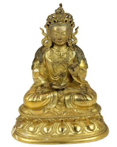 THAÏLANDE THAILANDE Sujet en bronze doré représentant Bouddha assis en méditation...
