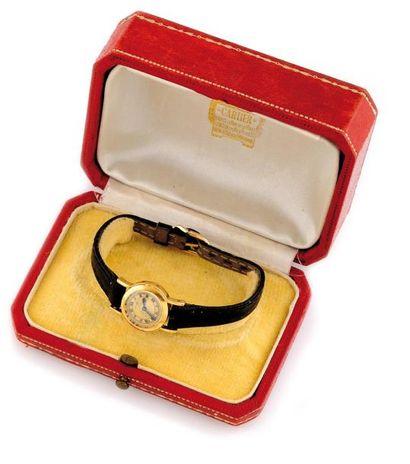 Cartier - Montre en or jaune le cadran rond,...