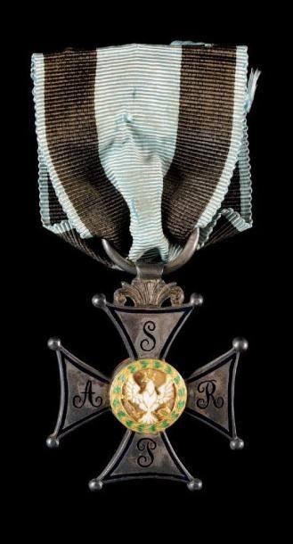 Ordre du Virtuti Militari, créé en 1792....