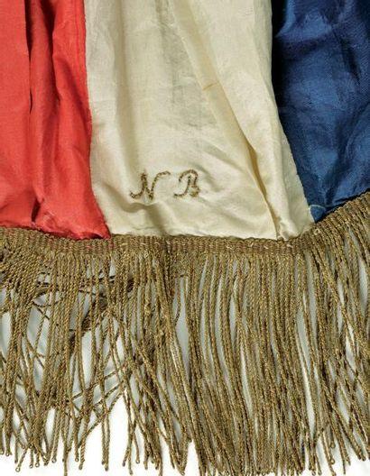 Grande écharpe de commandement qui aurait été portée par Napoléon lors de son entrée...
