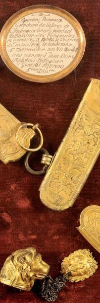 La bataille des Pyramides (1798) Fragments d'armes d'officiers recueillis sur le...
