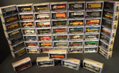 54 Miniatures au 1/ 43 Camions