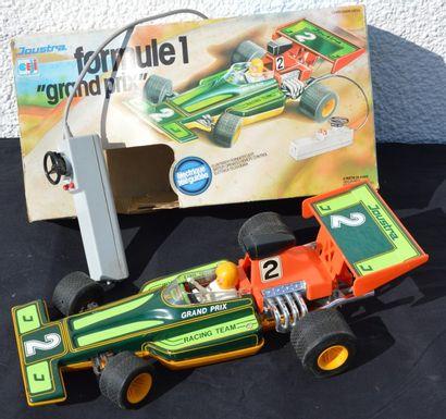« Lot de Jouets »  Une Formule 1 Grand Prix...