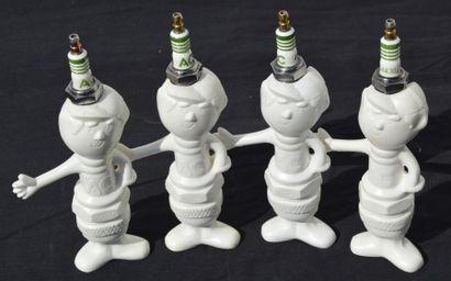 « Porte bougies AC »  Ensemble de quatre...