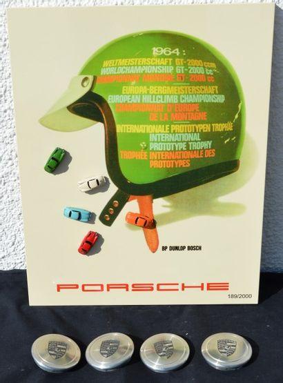 « Porsche divers»  Comprend : Un calendrier perpétuel, émaillé avec photos et plans...