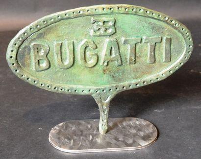 """""""Logo Bugatti"""" Bronze, fonte à la cire perdus signé Laurent Georges au dos. Numérotée..."""
