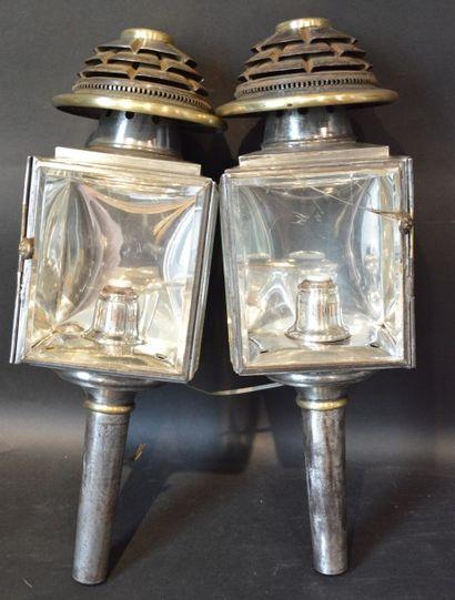 « Lanternes Hippomobiles »  Deux paires de...