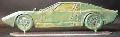 """""""Maserati Miura"""" Bronze, fonte à la cire perdus signé Laurent Georges au dos. Numérotée..."""