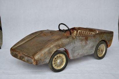« Fiat Dino » Voiture à pédale, genre Ferrari...