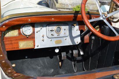 1923 DE DION BOUTON 10 HP  Châssis n° 12616  Carte grise française    En 1923,...