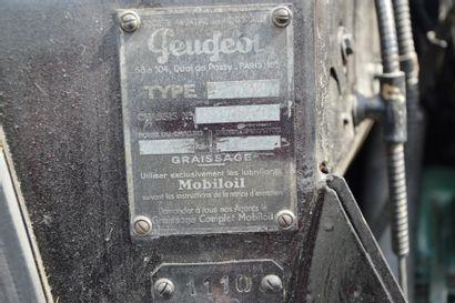 1955 PEUGEOT 302 CAMIONNETTE Châssis n°3824 Carte grise française La Peugeot 302...