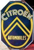 Plaque émaillée « Citroën », 98 x 25 cm.