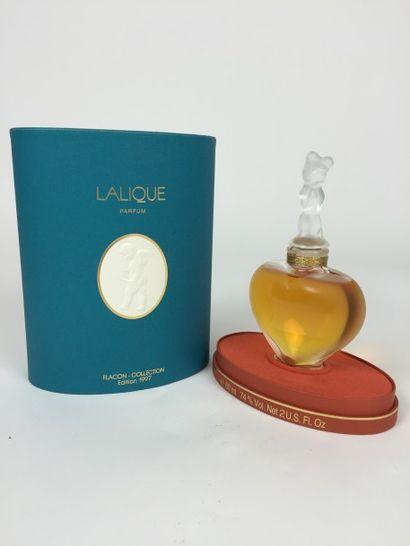 LALIQUE FLACON de collection « Les Amants » en cristal sculpté et mouluré, édition...