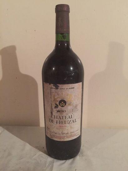 1 MAG Château FIEUZAL (Graves) 1983 Beau...