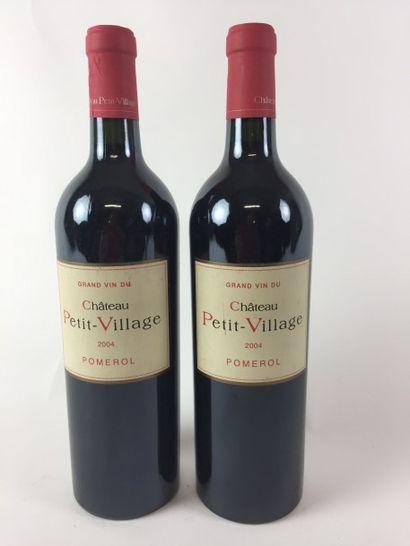 2 BLLE Château PETIT VILLAGE (Pomerol) 2004...