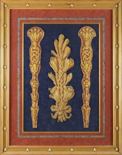ensemble de sept fragments de papier peintdécoupé, à décor de palmettes, de frises...