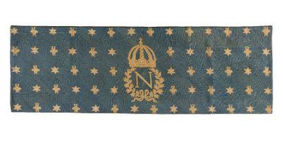 Grande tapisserie De parement bleue au chiffre N sous couronne impériale. Sur fond...