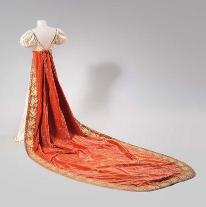 Importante robe de cérémonie de la Comtesse...