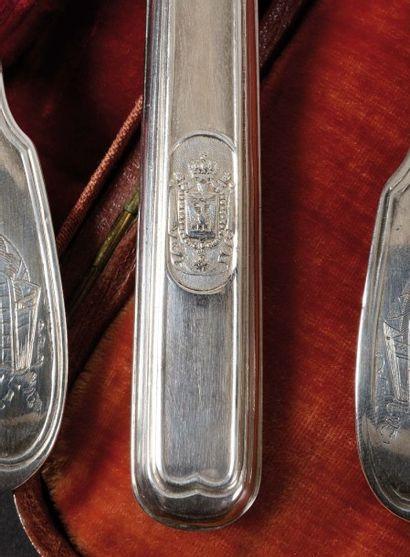 rare ensemble de trois couverts provenant du nécessaire de l'Empereur Napoléon Ier...