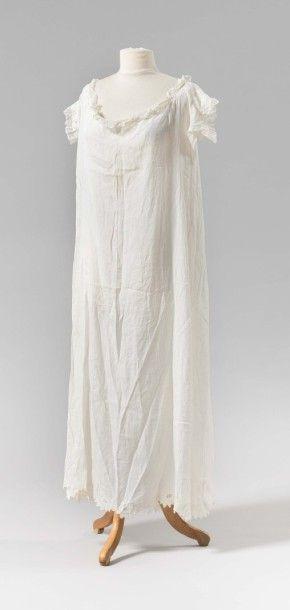 Fine robe de la Reine Hortense En batiste...