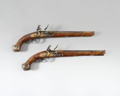 Paire de longs pistolets d'arçon à silex...