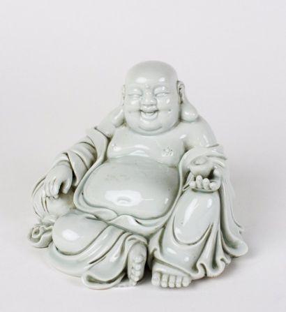 JAPON Figurine en porcelaine représentant...