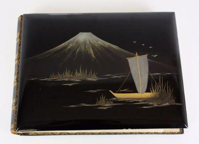 JAPON Album de photographies : le dos relié...