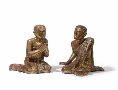 BIRMANIE Paire de figurines en bois sculpté,...