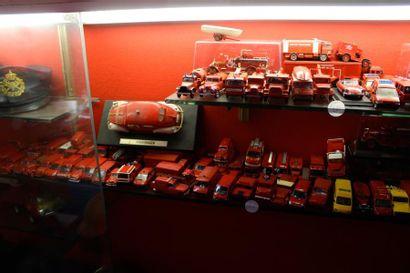"""""""Miniatures Solido"""" Plus de 100 miniatures Solido, diverses échelles. Thème véhicules..."""