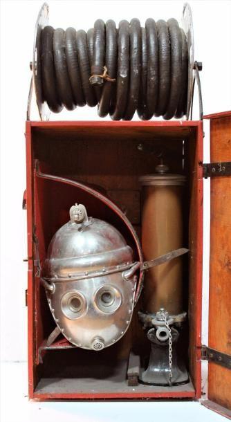 « Casque respiratoire, modèle 1893 » Casque...