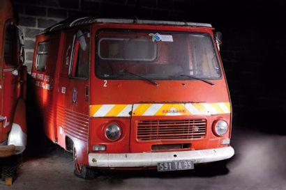 Peugeot J7  A immatriculer en collection...