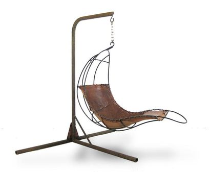 OLIVER RUPERT (XXe) Duchesse volante fauteuil...