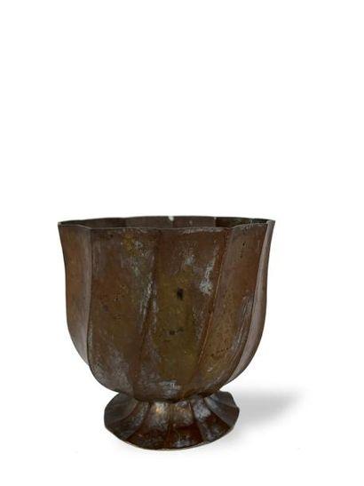 JOSEF HOFFMANN (1870-1956) Vase tulipe en...