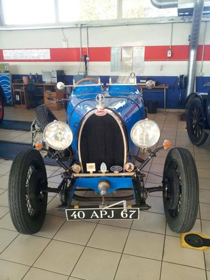 BUGATTI TYPE 40 Moteur 501 Châssis n° 40657 Carte grise de collection Prix Bugatti...