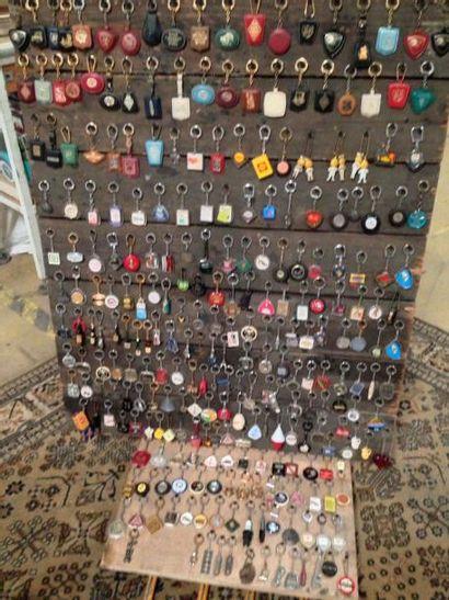 Collection miniatures plus autocollants et...