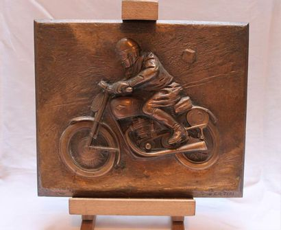 Bronze « Moto en Course » par M. Bertin