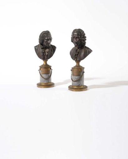 Deux Bustes formant pendants en bronze à...