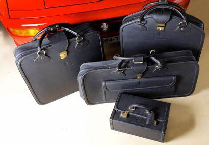 «Bagages Schedoni pour Ferrari»  Ensemble...