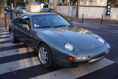 1990 PORSCHE 928 S4 Numéro de série WPOZZZ922HS841214...