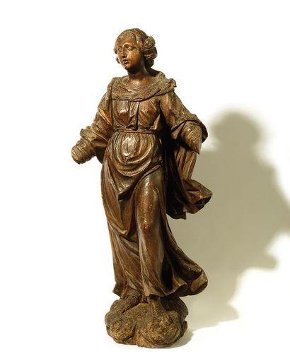 SAINTE FEMME en bois sculpté. XVIIe siècle...