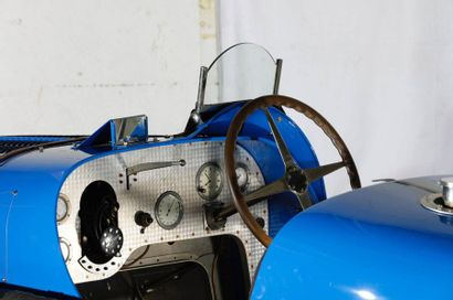 https://www.youtube.com/watch?v=pUvB4Hp7TeI BUGATTI TYPE 51 Carte grise française...