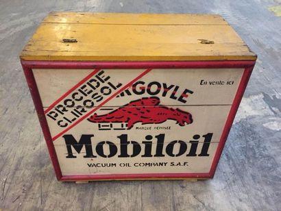 """""""Caisse de transport- Mobiloil""""   Caisse en bois destinée au stockage et au transport..."""