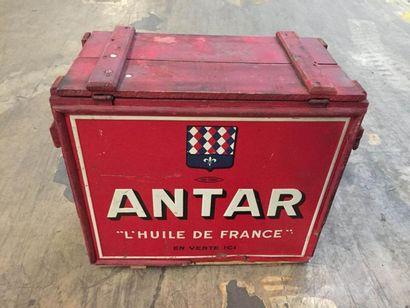 """""""Caisse de transport-Antar""""  Caisse en bois destinée au stockage et au transport..."""