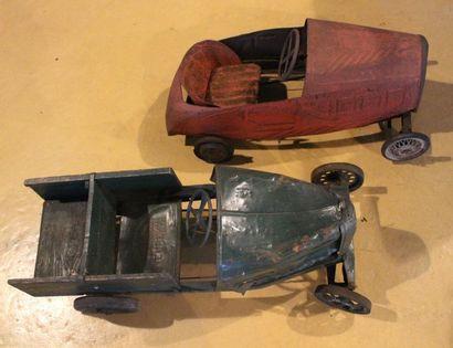 """""""Camionnette Eureka et voiture à pédales""""  Deux automobile pour enfants, l'une Eureka..."""