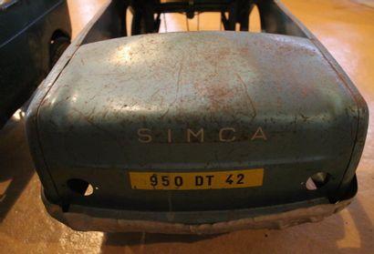 """""""Simca et Renault-Automobiles pour enfants""""  Deux automobiles à pédales pour enfants,..."""